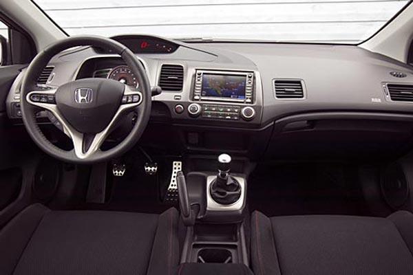 Интерьер салона Honda Civic SI