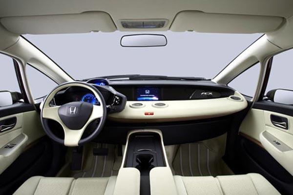 Интерьер салона Honda FCX Concept
