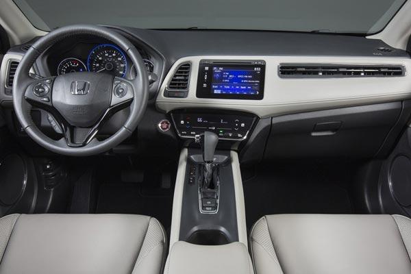 Интерьер салона Honda HR-V