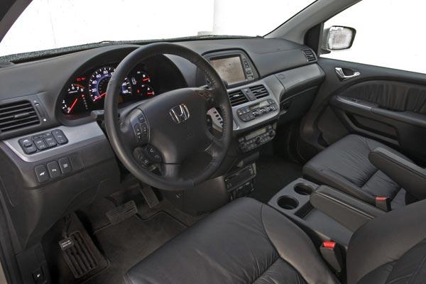 Интерьер салона Honda Odyssey