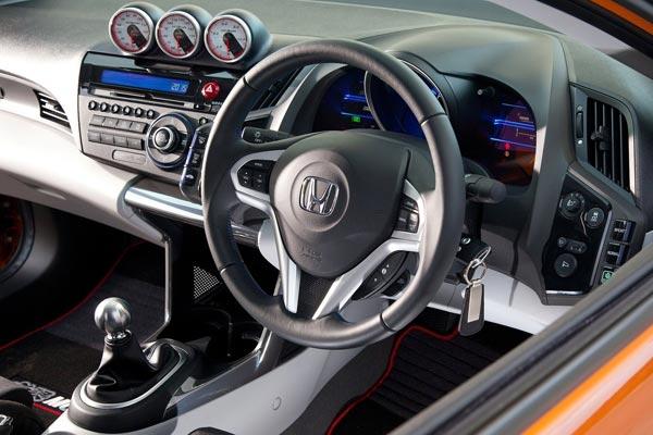 Интерьер салона Honda CR-Z Mugen