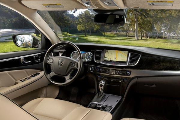 Интерьер салона Hyundai Equus