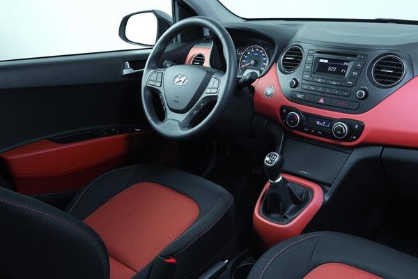 Интерьер салона Hyundai i10