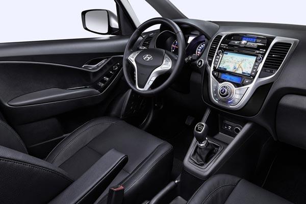 Интерьер салона Hyundai ix20