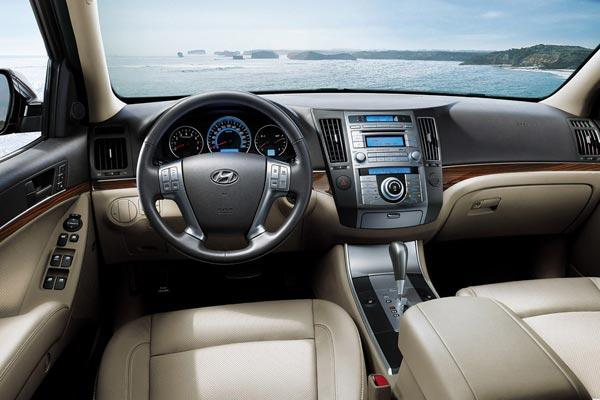 Интерьер салона Hyundai ix55
