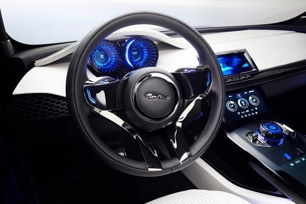 Интерьер салона Jaguar C-X17 Concept