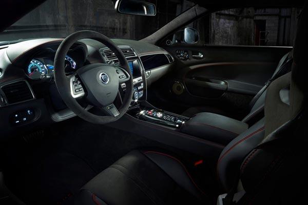 Интерьер салона Jaguar XKR-S GT