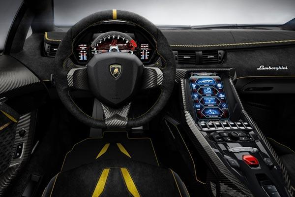 Интерьер салона Lamborghini Centenario