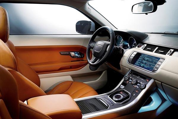 Интерьер салона Range Rover Evoque Coupe