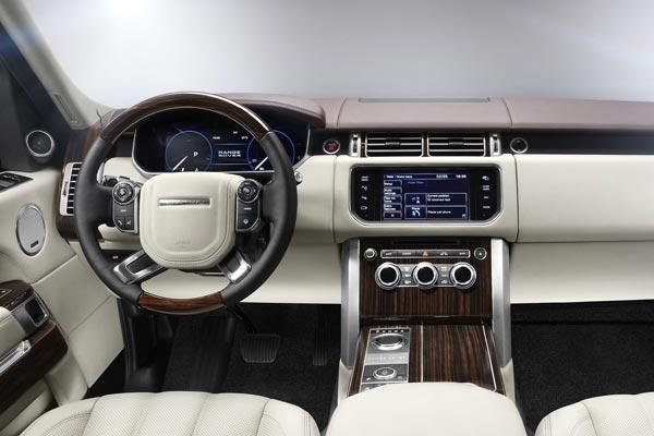Интерьер салона Land Rover Range Rover