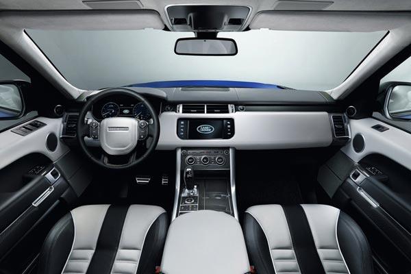 Интерьер салона Land Rover Range Rover Sport SVR