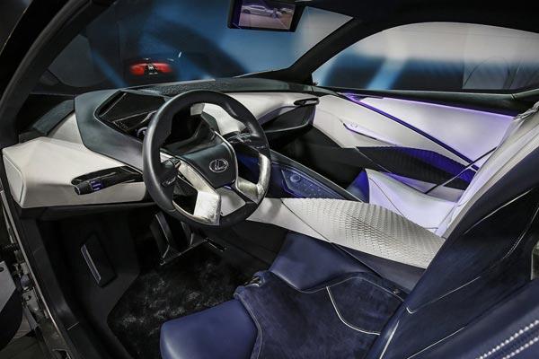 Интерьер салона Lexus LF-SA