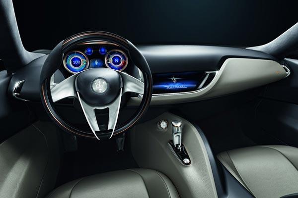 Интерьер салона Maserati Alfieri Concept