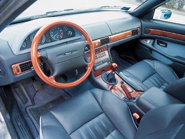 Интерьер салона Maserati Quattroporte