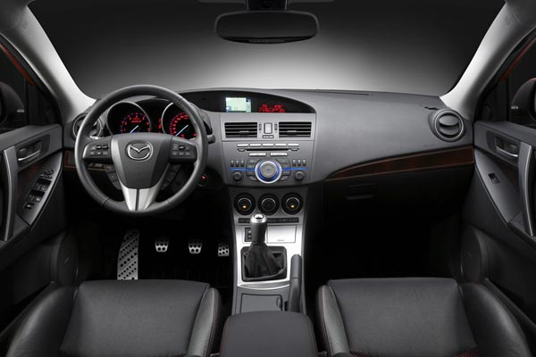 Интерьер салона Mazda 3 MPS