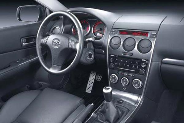 Интерьер салона Mazda 6 MPS