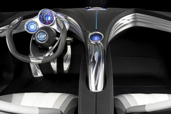 Интерьер салона Mazda Ryuga Concept