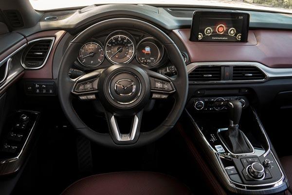 Интерьер салона Mazda CX-9