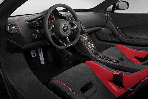 Интерьер салона McLaren 675LT