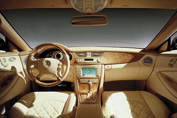 Интерьер салона Mercedes CLS Vision
