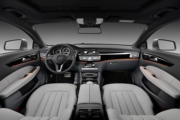 Интерьер салона Mercedes CLS Shooting Brake