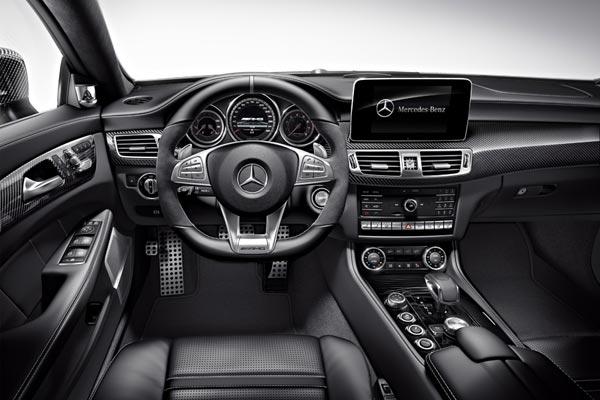 Интерьер салона Mercedes CLS 63 AMG Shooting Brake