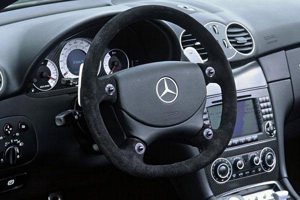 Интерьер салона Mercedes CLK DTM