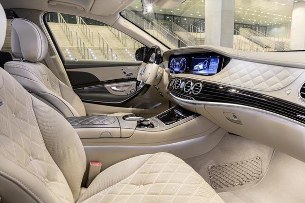 Интерьер салона Mercedes S-Class Maybach