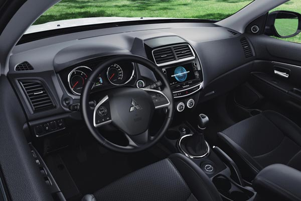 Интерьер салона Mitsubishi ASX