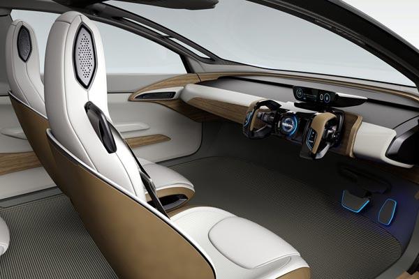 Интерьер салона Nissan IDS Concept