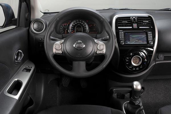 Интерьер салона Nissan Micra