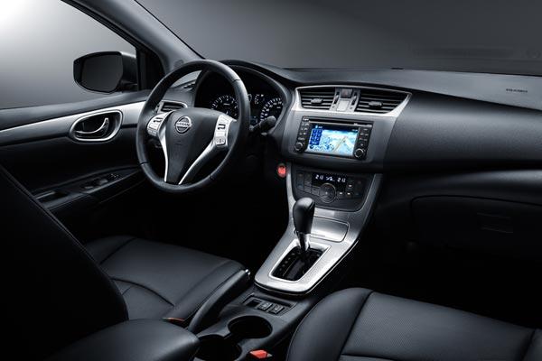 Интерьер салона Nissan Sentra