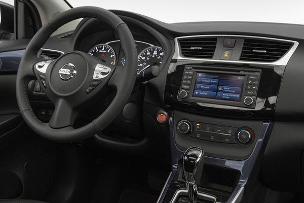 Интерьер салона Nissan Sentra 2016