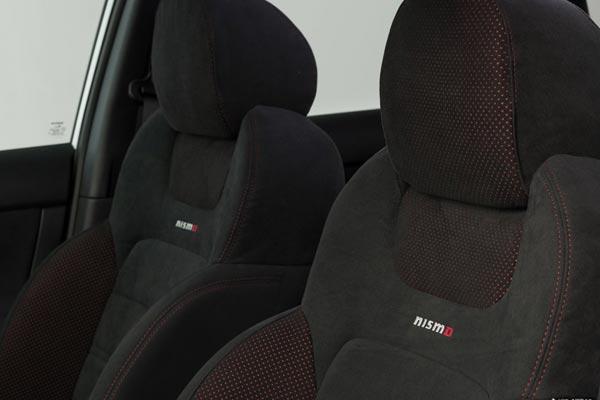Интерьер салона Nissan Sentra Nismo
