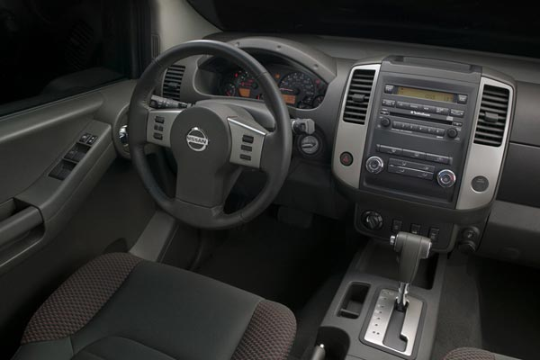 Интерьер салона Nissan Xterra