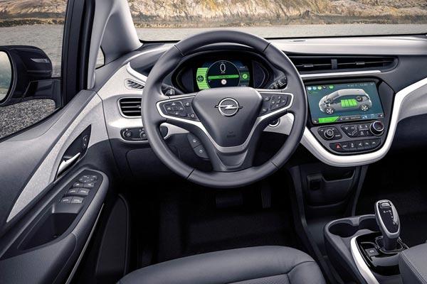 Интерьер салона Opel Ampera-e