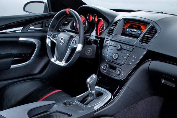 Интерьер салона Opel Grand Turismo Coupe