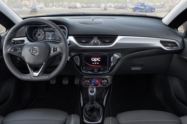Интерьер салона Opel Corsa OPC