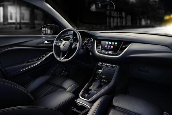 Интерьер салона Opel Grandland X
