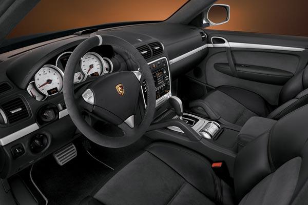 Интерьер салона Porsche Cayenne S Transsyberia
