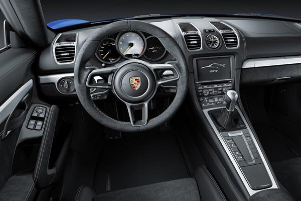Интерьер салона Porsche Cayman GT4