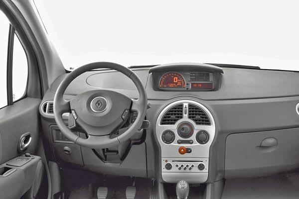 Интерьер салона Renault Modus Grand