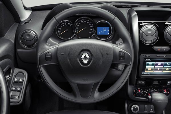 Интерьер салона Renault Duster