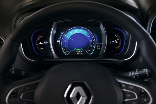 Интерьер салона Renault Koleos