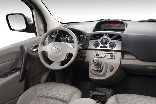 Интерьер салона Renault Kangoo