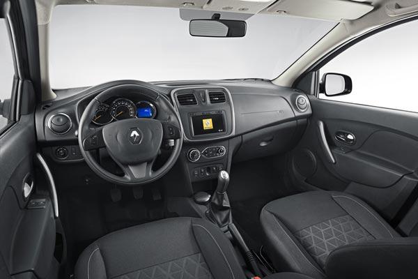 Интерьер салона Renault Sandero Stepway