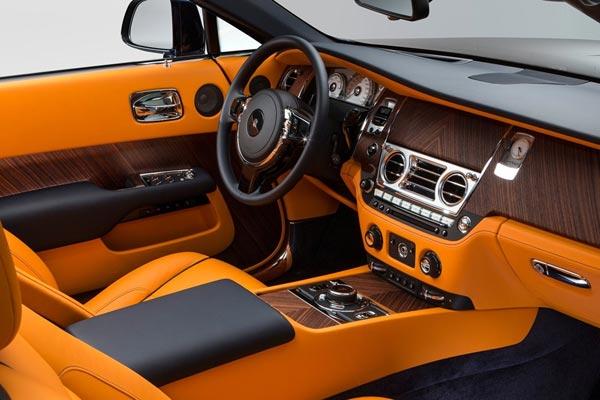 Интерьер салона Rolls-Royce Dawn