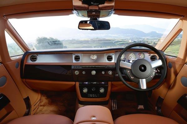 Интерьер салона Rolls-Royce Phantom Coupe