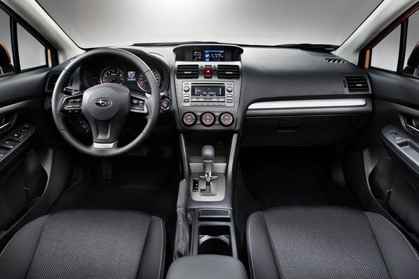 Интерьер салона Subaru XV