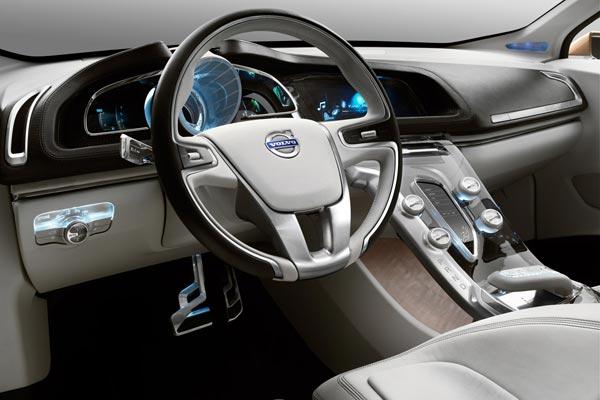 Интерьер салона Volvo S60 Concept